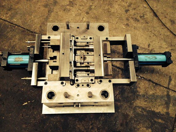 E/F Tapping Tee Mould